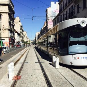 Drie tramlijnen doorkruisen het centrum van Marseille.
